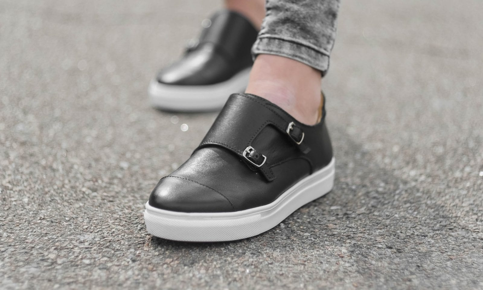 5145b5847b5 10 Best Kitchen Shoes in 2019  Review   Guide  - ShoeAdviser