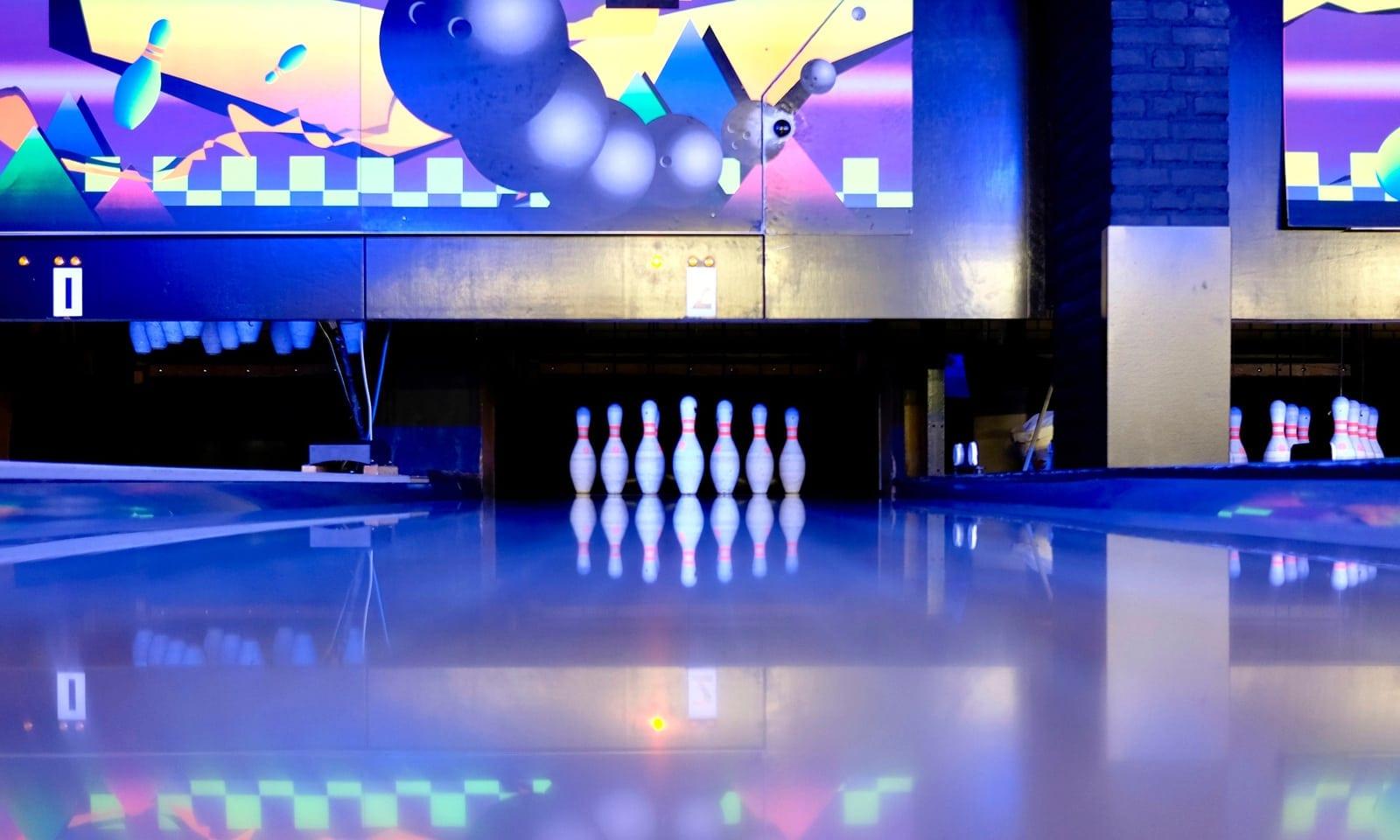 bowling-lane-image