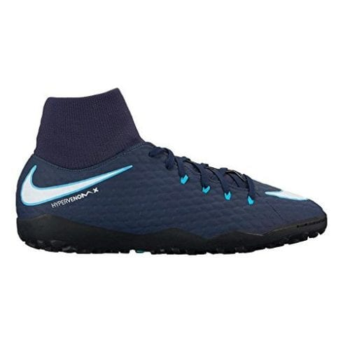 10 Best Indoor Soccer Shoes in 2020 [Review & Guide