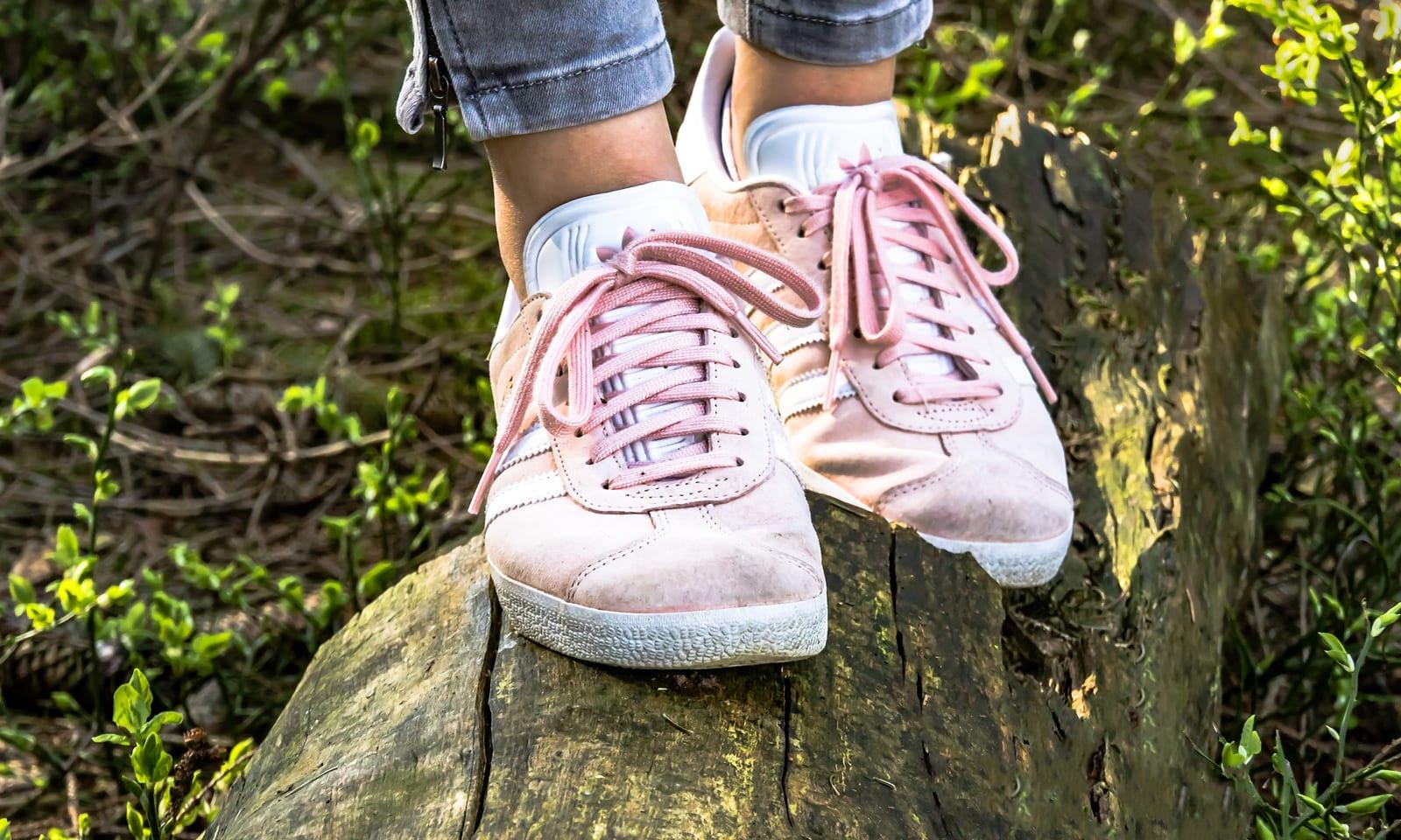 walking-shoes-image-1