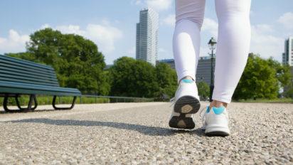 10 Best Walking Shoes for Diabetics in 2019