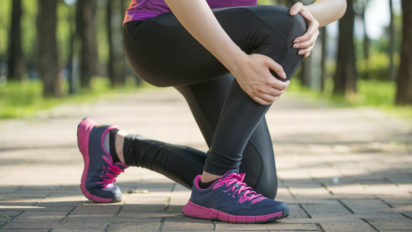 12 Best Shoes for Knee Pain for 2020